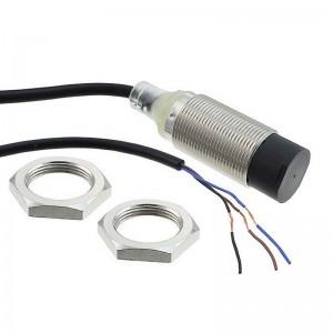 E2B-M18KN16-WP-C2 5M - Czujnik zbliżeniowy, indukcyjny